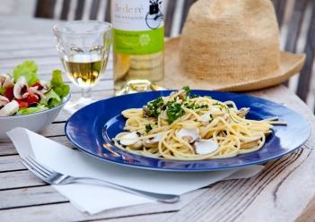 île Pasta Lunch